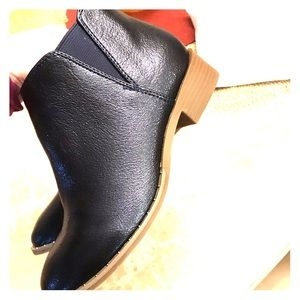 New booties!! Cute for fall